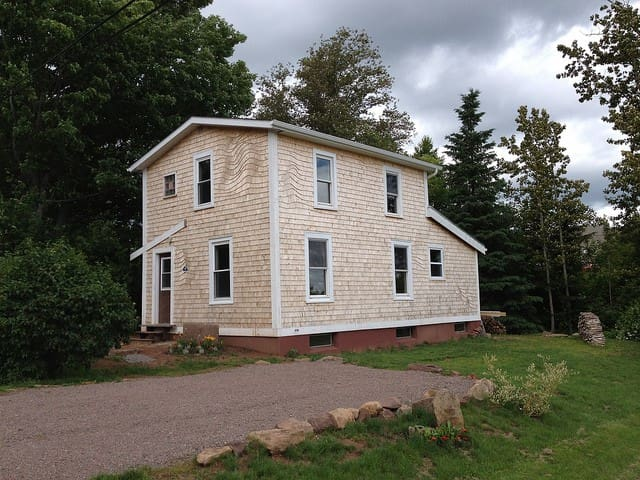 "The ""Duffer"" - Sackville - House"