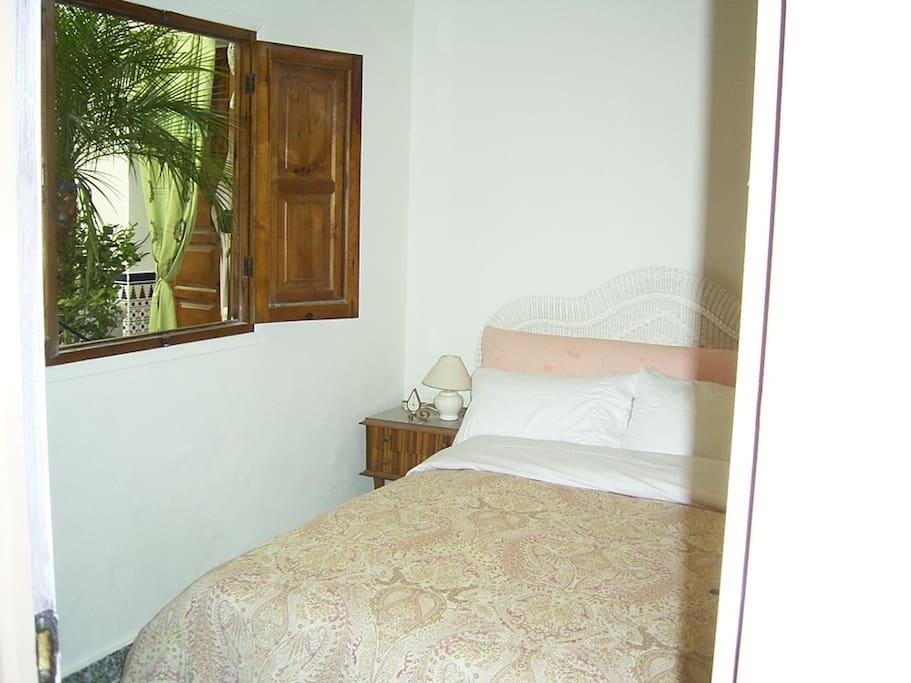 Garden room, comfortable luxury bedding