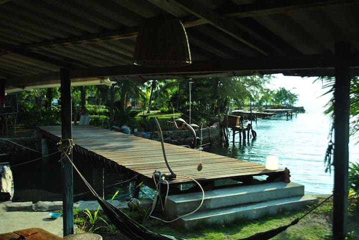 Stilt house between sea and river - Ko Chang - Maison