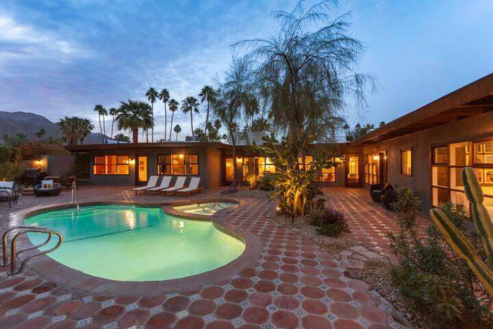 7 Bdrms/7Bths Close in Palm Springs - ปาล์มสปริงส์ - วิลล่า
