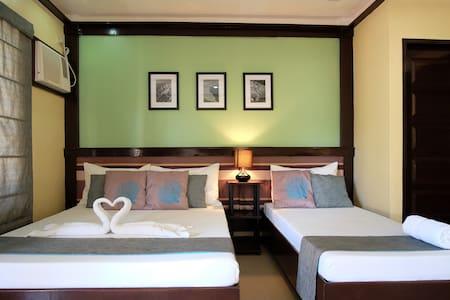 Fully serviced room near Bellevue - Panglao