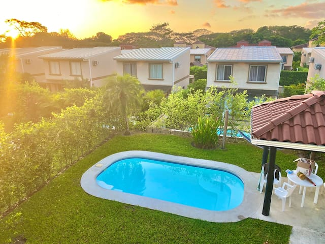 Beautiful 3 bedroom Villa, private pool. Sleeps 6.