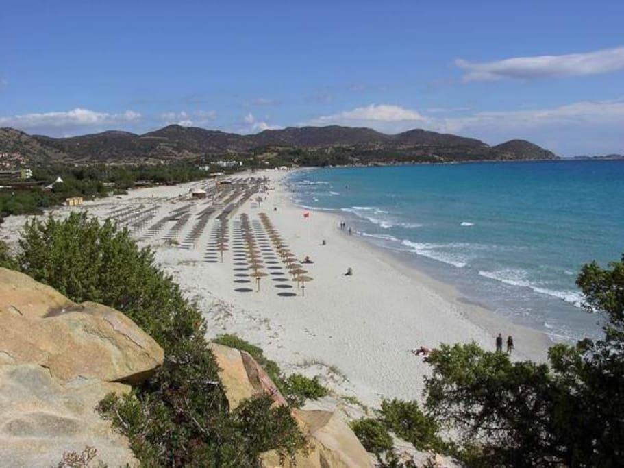 Spiaggia Simius a pochi passi dalla casa