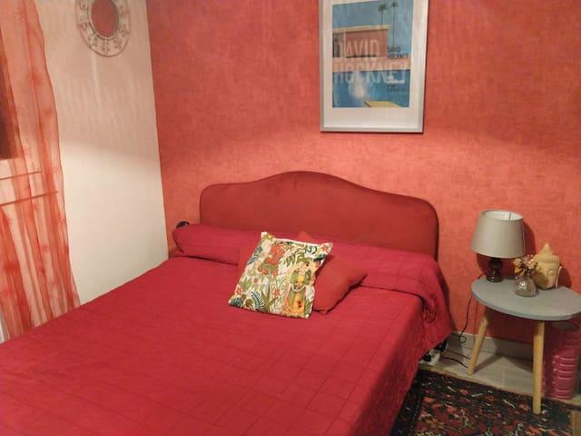 Chambre dans villa proche de Toulouse