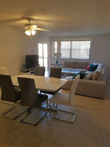 Homey Miami Apartment (All Inclusive)
