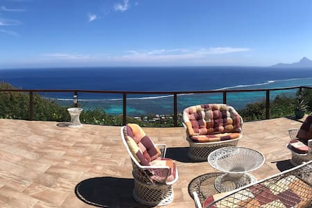 Suite with beautiful view on the ocean