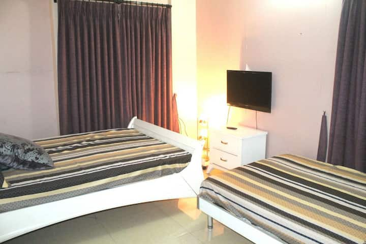 Just Inn private two single bed in Gulshan