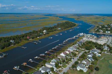 Isle of Palms waterway/Goat Island/Charleston