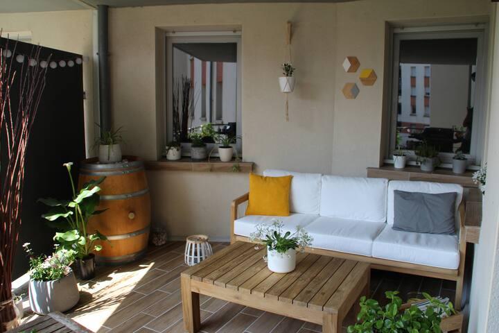 Belle Chambre dans résidence avec piscine