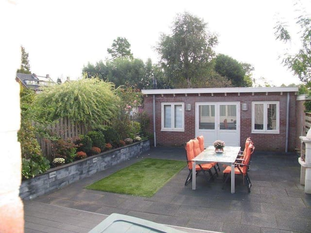 Charming guesthouse Schiphol Amsterdam - Badhoevedorp - Gästehaus