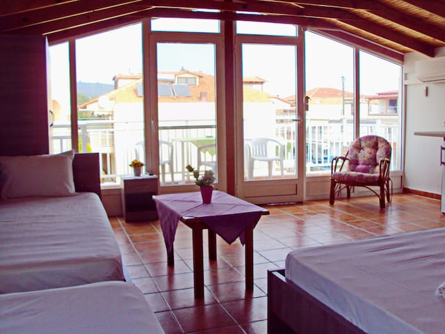 Room for 4 with sea view - Sarti - Loft