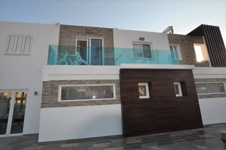 TSOLIAS 1st floor, 1-BDR/Swimming pool / Jacuzzi_4