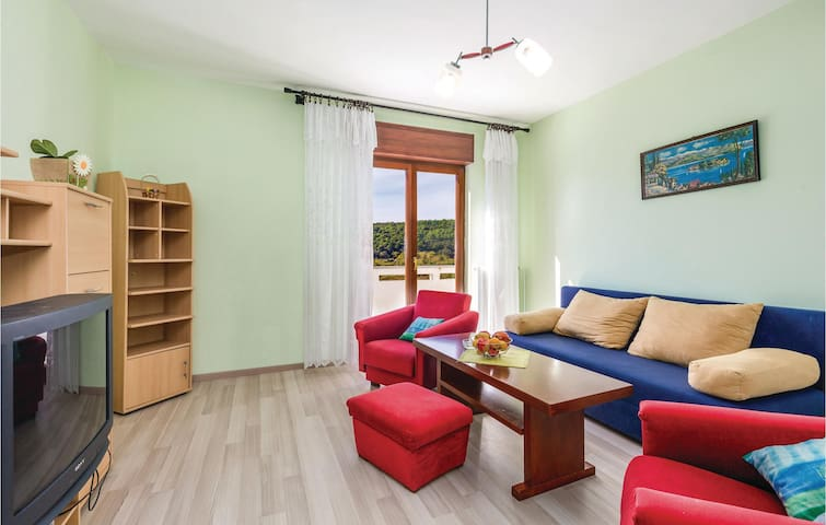 Holiday apartment with 1 bedroom on 51m² in Rab