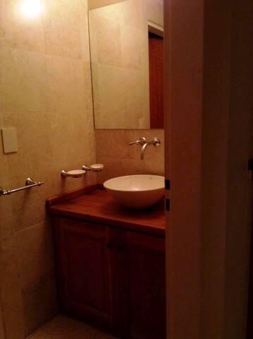 Toilette ( 3 baño con ducha)