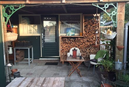 Cosy gasthouse beside Dutch Lakes - Lelystad - Cabin