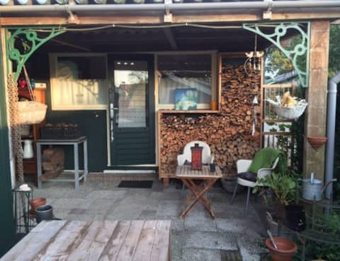 Cosy guesthouse beside Dutch Lakes (Lot P)