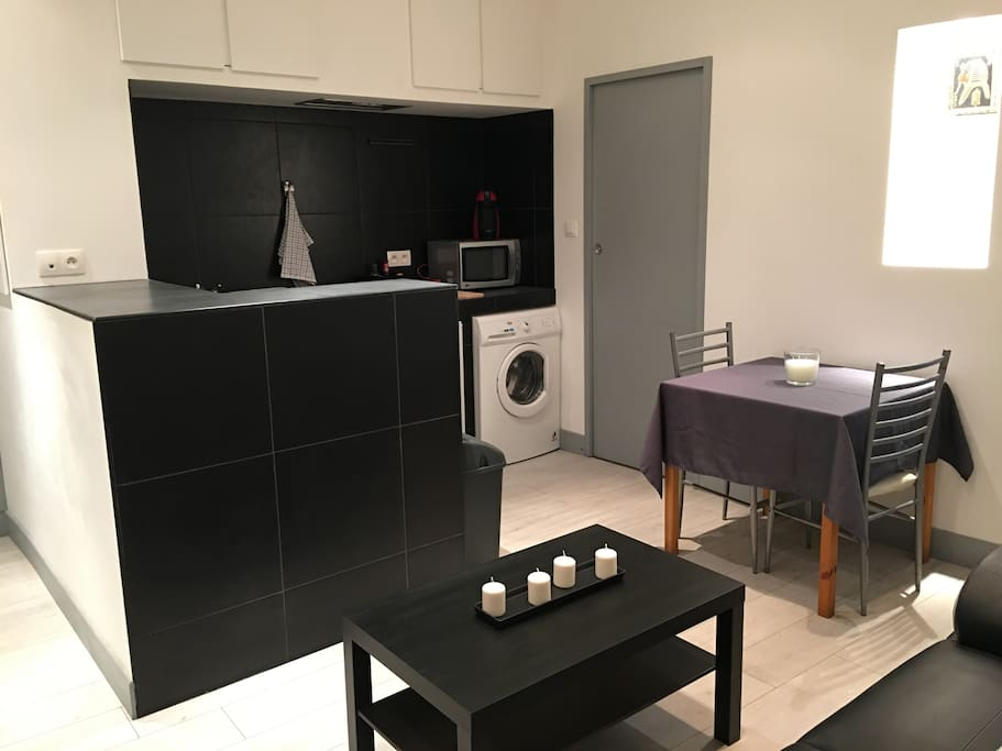 logement neuf en centre new appartment in downtown apartments for rent in toulouse occitanie. Black Bedroom Furniture Sets. Home Design Ideas