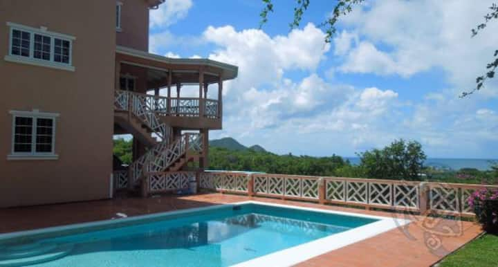 Maison Cherie w/ private pool+panoramic ocean view