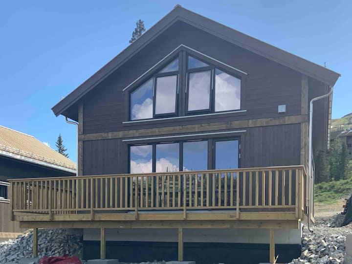New cabin in Kvitfjell Østsiden. Sleeps 8