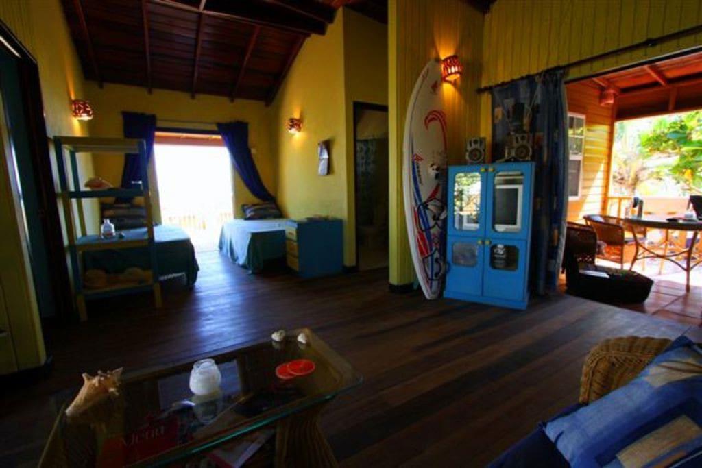 Seascape Beach House livingroom with patios
