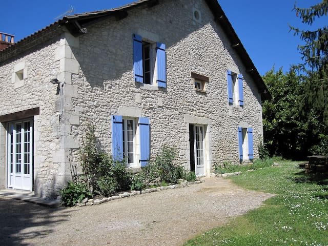 Campaign near Bergerac- Large house
