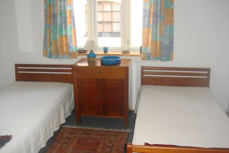 "Lille Gaucho B&B ""Twin bedroom"" - Helsinge - Bed & Breakfast"