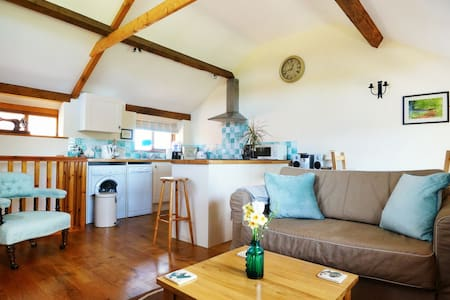 Couples country escape - Monmouth
