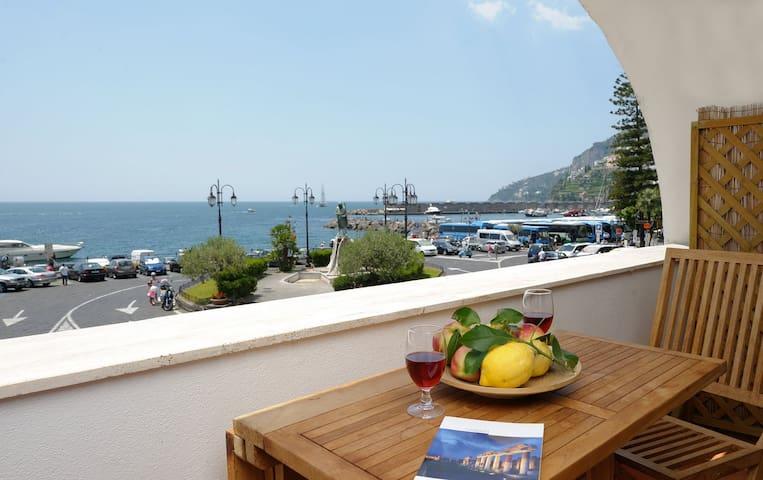 "AMALFI ""Rotonda Sul Mare"" SEA VIEW"