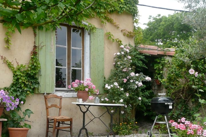 A truly charming wine growers house