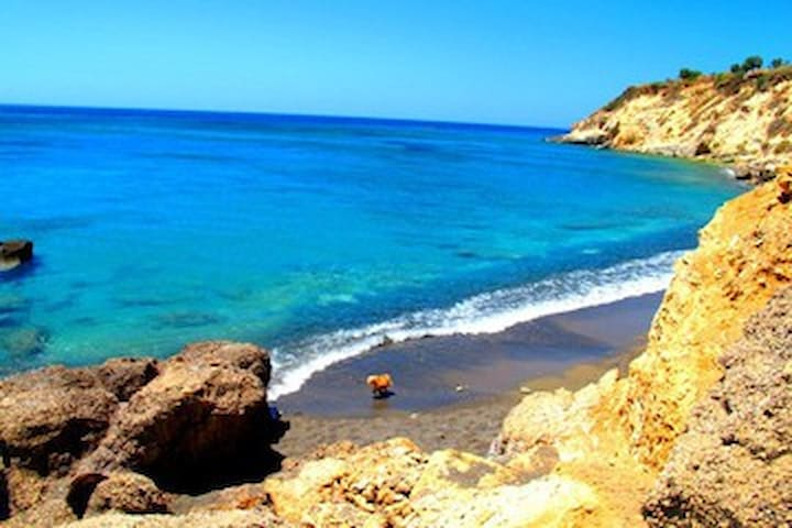 Just you and the ocean..:) - Ierapetra - Apartamento