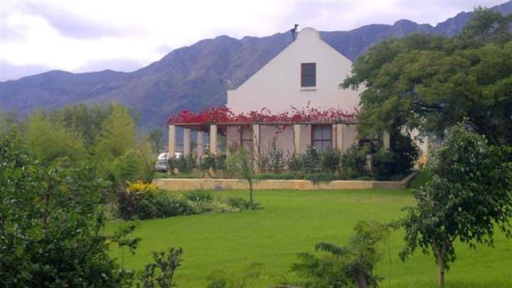 Eikelaan Witzenberg Cottage