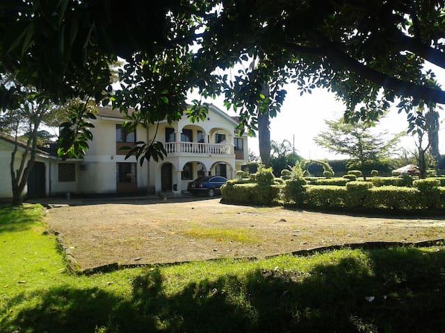 Beautiful Victorian ~ Marura Villa