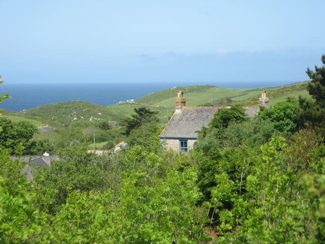 Traditional Cornish Farmhouse  - Saint Just - Rumah