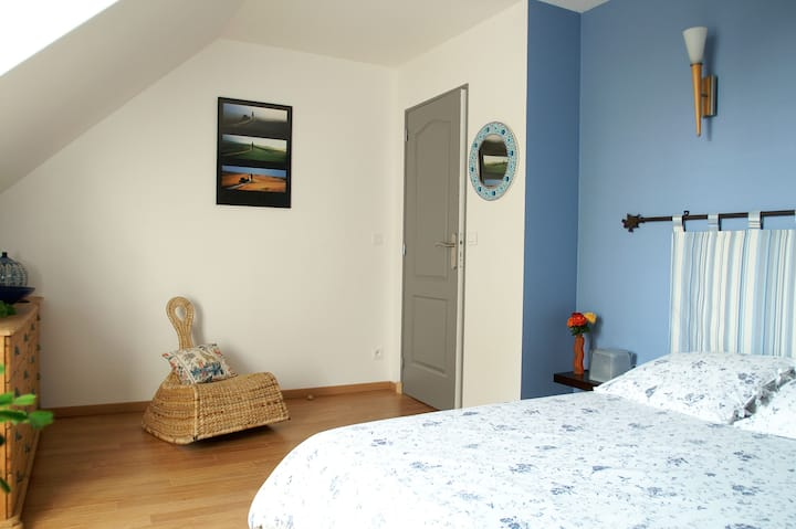 Chambre Bleue privée à Savonnières