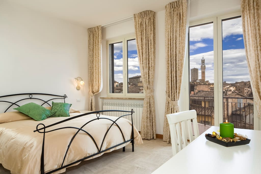 I tetti di siena bed and breakfasts for rent in siena for Hotel a roma economici