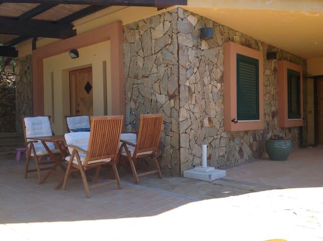 Delizioso appartamento con piscina - Villasimius - Villa