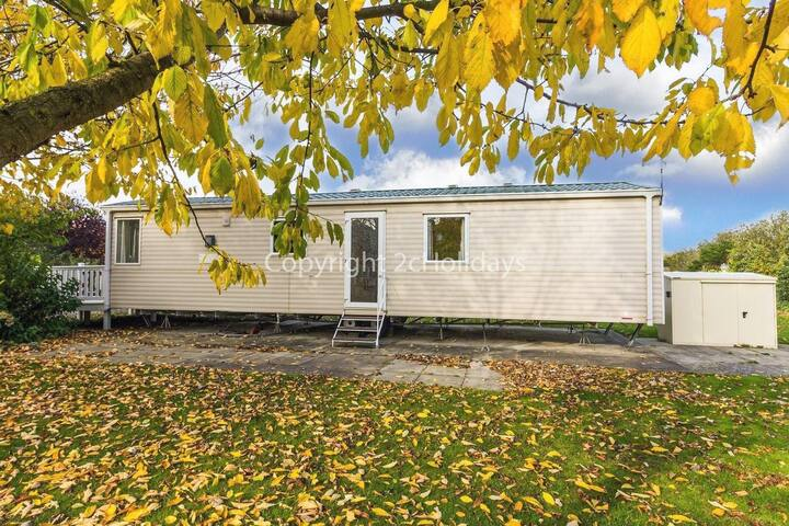 Luxury caravan for hire at Southview Holiday park Skegness ref 33024O