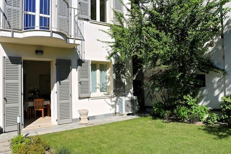 Three-room apartment in CourtElvira - Manerba del Garda