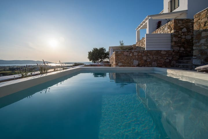 Thoe | 3Bedroom Villa with Private Pool