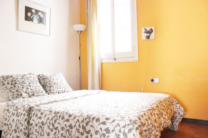 Great apartment right next to Rambla - Barcelona - Appartement