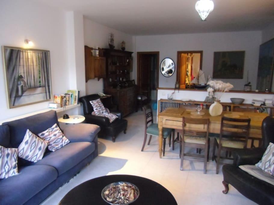 owl 39 s house appartements louer port de s ller les bal ares espagne. Black Bedroom Furniture Sets. Home Design Ideas