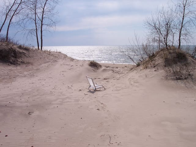 Montario Pt Paradise, Sleeps 6, Lake Ontario East