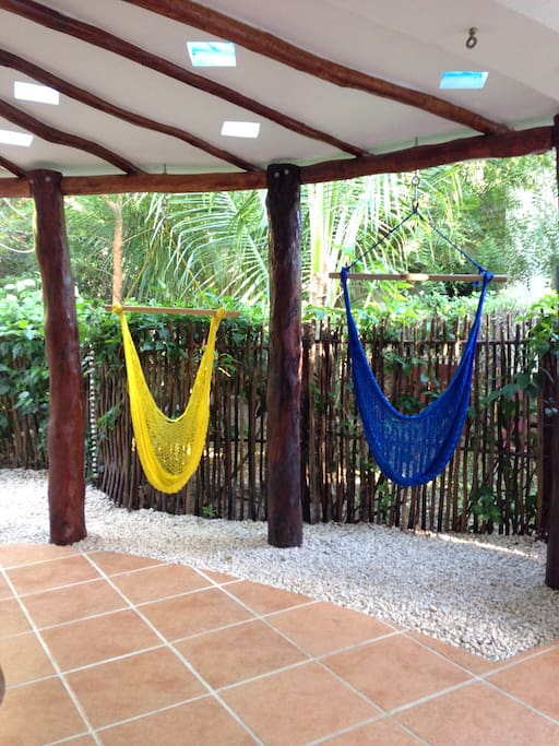 relax - its hammock time!