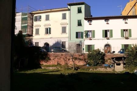 """Tuffo nel """"Medioevo"""" - Montopoli in Val d'Arno"""