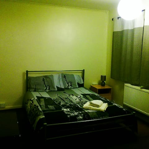AMAZING DOUBLE ROOM - Cambridge - Rumah