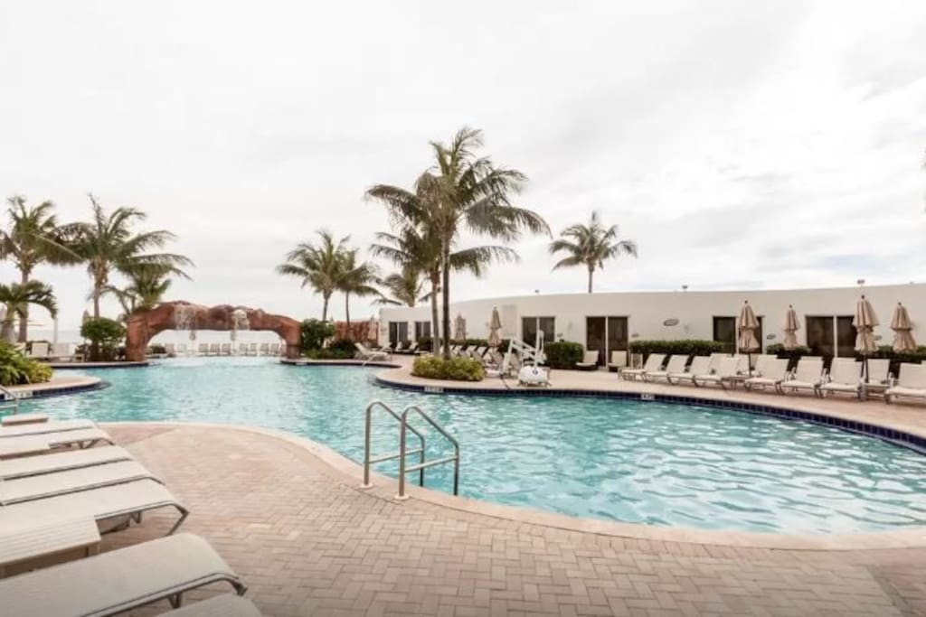 Take a dip and swim laps in this huge heated pool or simply enjoy the Sunny Isles breeze, lounge by the poolside and get a much-deserved tan