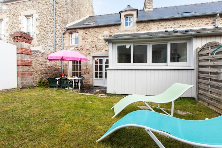 charmante maison bretonne proche de la plage - Saint-Lunaire - Haus