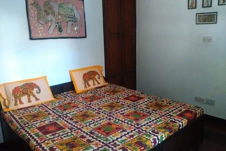 India on your plate -new delhi - Nova Delhi