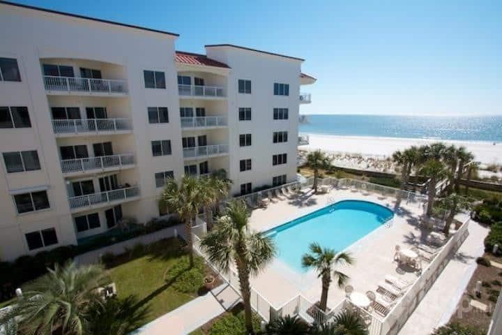 Superb gulf front Palm Beach resort Jun 28-Jul 5