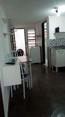 Pousada Taquaral - Kit Net ( 00 ) - Campinas SP